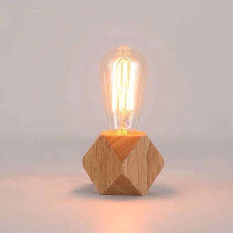 INS风木质底座+灯泡小夜灯用来当书桌、开放式橱柜摆设尤其合适~简约设计特别百搭。(RM23.99~RM30.92 >>> 点击查看购买链接 <<<)