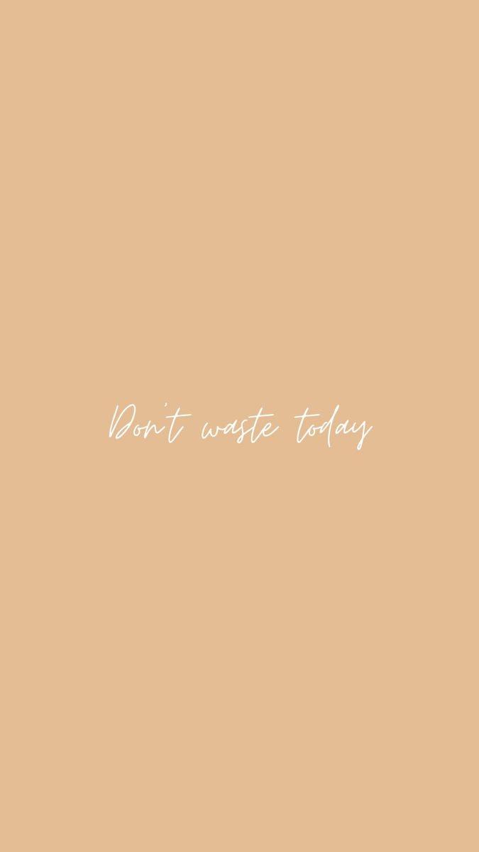 「焦虑让你无法好好处理很多事,因为没办法处理好很多事所以更加焦虑。心累了吗?那就躲起来/逃跑一阵子吧!放过自己、调整好后再出发,很多时候比起硬撑更有效率。」